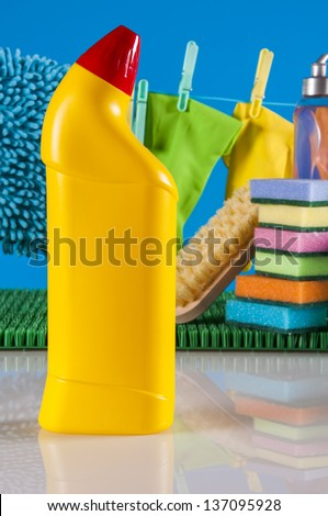 Washing and cleaning equipment, cleaning set
