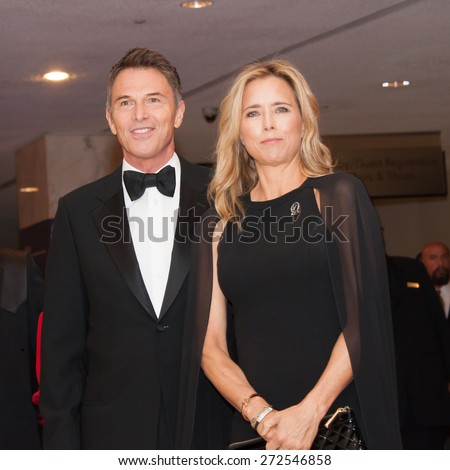 WASHINGTON APRIL 25?? Actors Tim Daly and Tea Leoni arrive at the White House Correspondentsâ?? Association Dinner April 25, 2015 in Washington, DC - stock photo