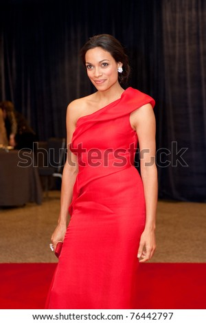 WASHINGTON - APRIL 30: Rosario Dawson arrives at the White House Correspondents Dinner April 30, 2011 in Washington, D.C.