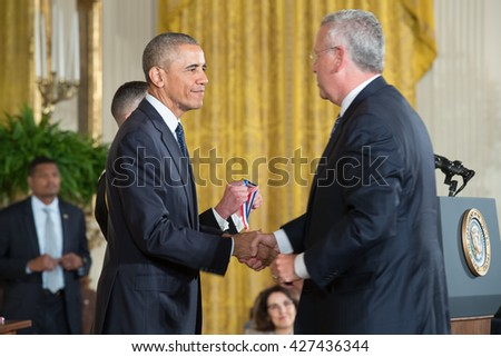 WASHINGTON, D.C. - MAY 19: President Obama awards Dr. 