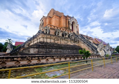 WAT JEDI LUANG TEMPLE Chiang Mai, Thailand's major tourist attractions.