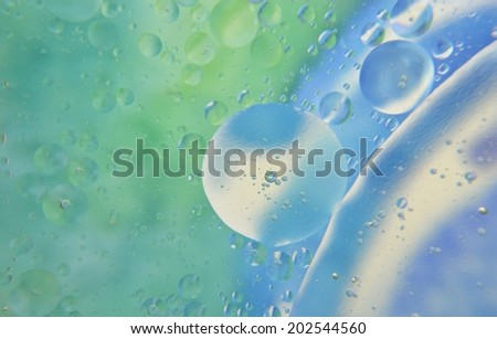 Water-bubbles in turquoise, unfocused