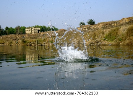 natural dam hindu single women Download beautiful indian girl face stock photos #39302053 - indian woman with beautiful face and healthy skin, looking at similar images add to likebox.