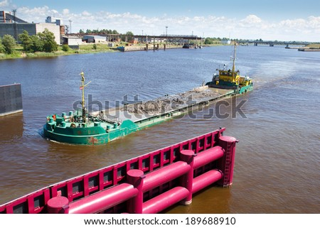 water transport, barge ride down the river