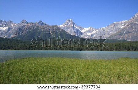 Waterfowl Lake and Mount Howse in Banff National Park, Alberta, Canada.