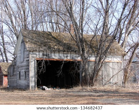 weathered old farm buildings garage