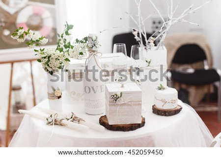 Wedding Accessories In Rustic Style White Color Box For Money Gifts And Bottle