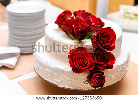 wedding cake decorated with rose petals wedding cake decorated roses stock photo royalty free 22365