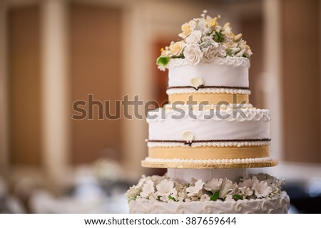 Wedding cake details with floral decoration. Love, wedding concepts.