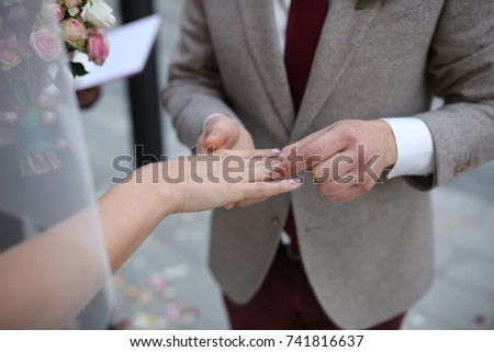 wedding couple hands with wedding ring