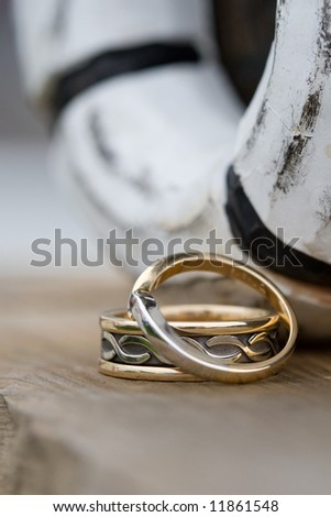 Wedding Rings with a Nautical Theme