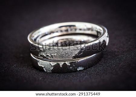 Superb Wedding Rings,world Map