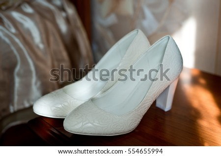 Wedding shose