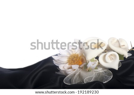 weddings favors on on the elegant backround fabric