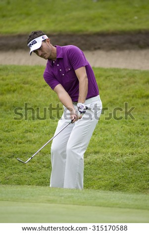 WENTWORTH, ENGLAND. 22 MAY 2009.Alejandro Canizares playing in the 2nd round of the European Tour BMW PGA Championship.