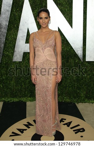 WEST HOLLYWOOD, CA - FEB 24: Olivia Munn at the Vanity Fair Oscar Party at Sunset Tower on February 24, 2013 in West Hollywood, California