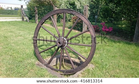 Wheel wagon, garden decoration
