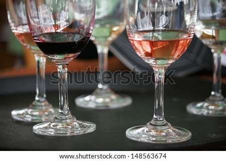 White and red wine on the table