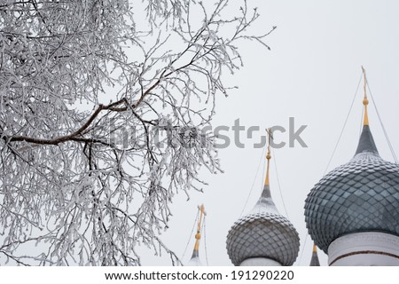 White church in winter in Uglich