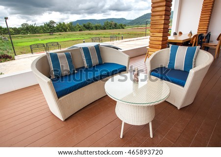 White classic chair and table