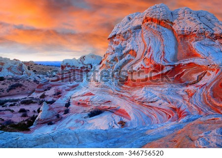 White pocket  at sunset, Vermilion Cliffs National Monument, Arizona, United States