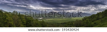 White River Valley panorama, mountain Valley