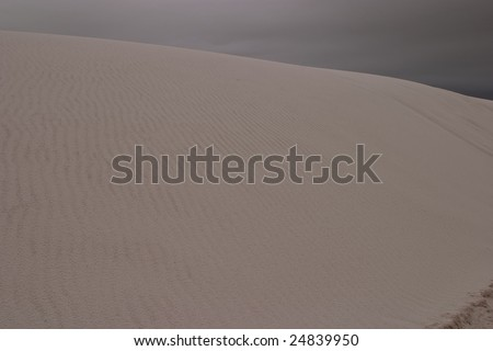 White Sands National Monument is a U.S. National Monument located about 25 km (15 miles) southwest of Alamogordo in western Otero County - stock photo