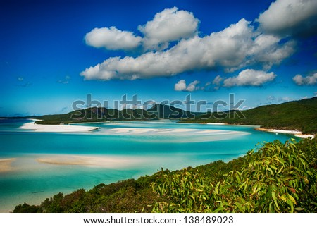 how to get to whitehaven beach from gold coast