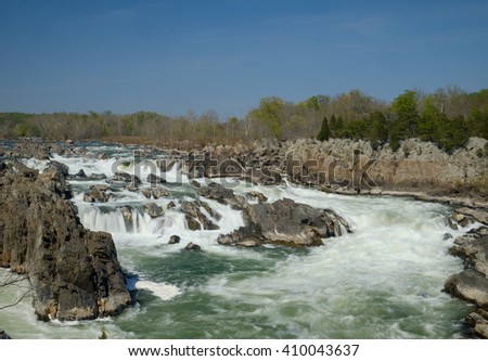 Whitewater Rapids and rocks of the Great Falls of the Potomac