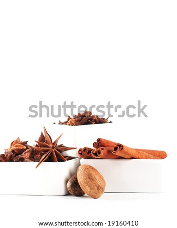 whole baking spices