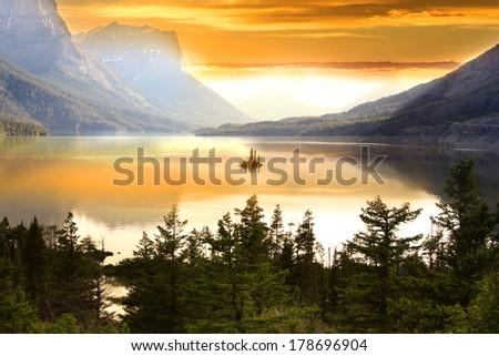 Wild goose island in Glacier national park - stock photo