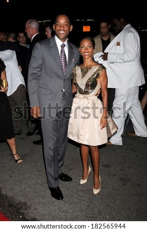 Will Smith, Jada Pinkett Smith, in a vintage dress and Christian Louboutin shoes, at Premiere of LAKEVIEW TERRACE, AMC Lincoln Square Theatre, New York, September 15, 2008 - stock photo