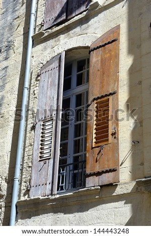 window of a building of the town of Uzes