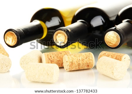 Wine and corks close up