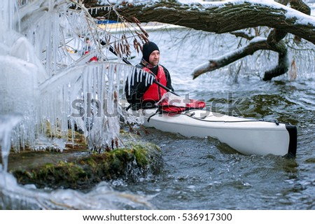 winter kayaking on the river in Ukraine 03