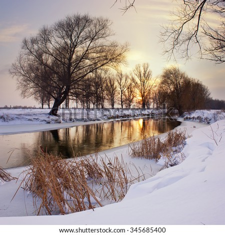 Winter sunset on the river