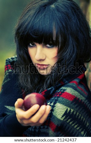 Witch gives apple