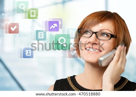 Woman call on phone.