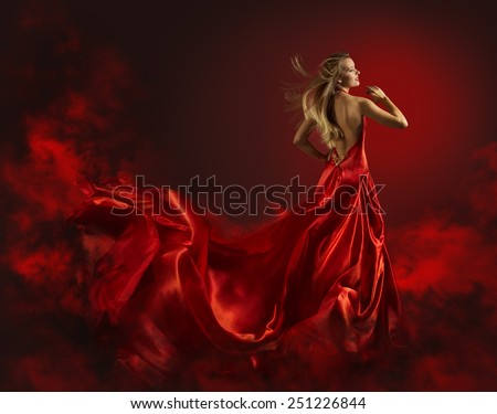 nude girl in wind