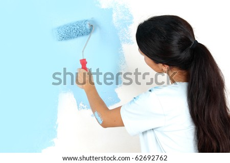 woman paint on the wall