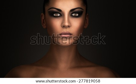 Woman portrait with beautiful light, Beautiful lady