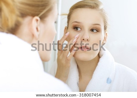 woman reflexion in mirror