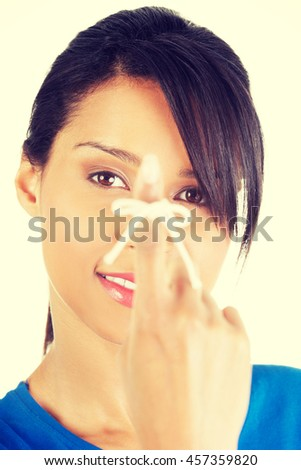 Woman trying to remember - stock photo