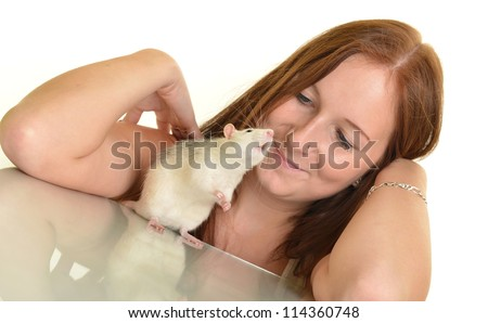 woman with her pet rat