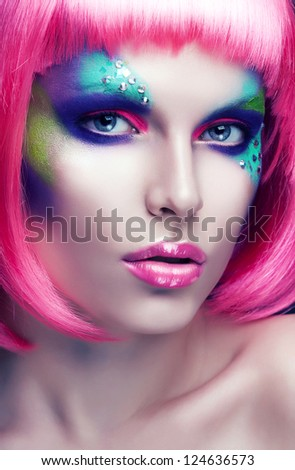 woman with purple lips and hair