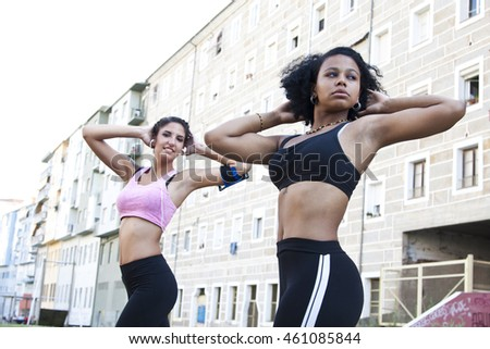 women doing sports in the city