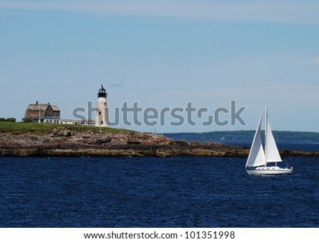 Wood Island Lighthouse in Maine / Wood Island