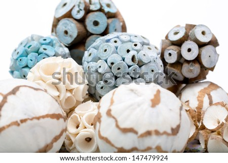 wooden balls for decoration