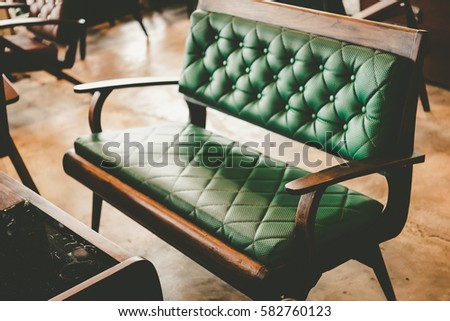Attrayant Wooden Tables And Luxury Chairs In Vintage Retro Style. Vintage Room With  Wallpaper And Old