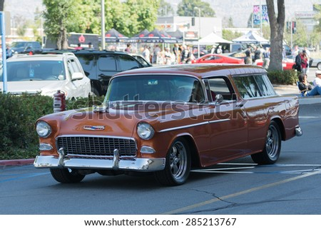 Station wagon stock images royalty free images vectors for Woodland motors used cars